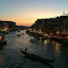 Venecia #viaje #italia #Europa #ciudad #venecia #atardecer #país #tumblr #F4F #L4L #amazing #outdoors