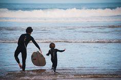 Nuestros padres deberían obligarnos a surfear y el mundo sería mejor !