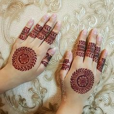 So to help you out, here are 35 Mehndi Designs for Eid that will make your hands look outstanding on Ramzan. Henna Art Designs, Mehndi Designs For Girls, Mehndi Designs For Beginners, Modern Mehndi Designs, Dulhan Mehndi Designs, Mehndi Designs For Fingers, Latest Mehndi Designs, Mehendi, Mehandi Designs