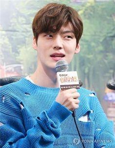 Ahn Jae-hyun Says He Feels Like He's in Heaven Getting Married to Ku Hye-sun Blood Korean Drama, Ahn Jae Hyun, Feel Like, Getting Married, Kdrama, Boy Or Girl, Heaven, Handsome, Boys
