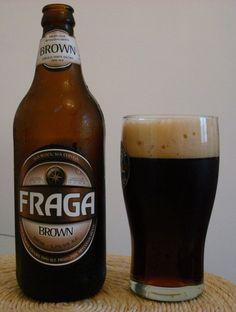 Cerveja Fraga Brown, estilo American Brown Ale, produzida por Cervejaria Fraga, Brasil. 5.2% ABV de álcool.
