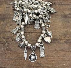 Pulsera Multidijes Hair Jewelry, Beaded Jewelry, Beaded Bracelets, Stackable Bracelets, Handmade Bracelets, Silver Accessories, Jewelry Making Tutorials, Pandora Jewelry, Jewelery