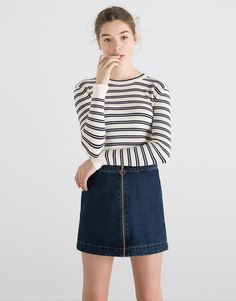 ZIPPED DENIM SKIRT - SKIRTS - WOMAN - PULL&BEAR Poland
