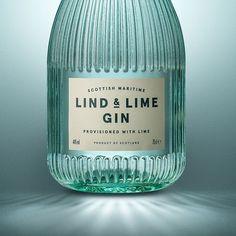 Gorgeous Gin Bottle via Contagious. Bottle Packaging, Print Packaging, Food Packaging, Design Poster, Graphic Design, Gins Of The World, Gin Bottles, Alcohol Bottles, Bottle Design