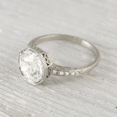 4 places to get the unique and vintage engagement ring you're looking for - Wedding Party | Wedding Party