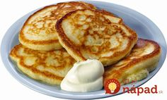 Homemade pancakes with sour cream Cooking Png, Cooking Recipes, Food Png, Good Food, Yummy Food, Homemade Pancakes, Russian Recipes, Healthy Sweets, Kefir