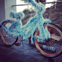 Fuzzy Wuzzy Bike for Burning Man Custom Velo, Africa Burn, Burning Man 2016, Fat Burning, Bike Parade, Burning Man Fashion, Music Festival Outfits, Diy For Men, Bike Art