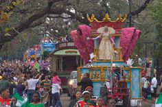 Mardi Gras parade ☆ Love ☆ ❤♔Life, likes and style of Creole-Belle ♥