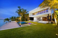 Miami Beach Residence by Luis Bosch  Home builder Luis Bosch has sent us images of a house he recently built in Miami Beach, Florida.