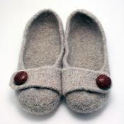 French Press Felted Slipper Pattern - via @Craftsy