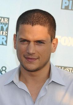 How can he really be Wentworth Miller Hot Actors, Actors & Actresses, Wentworth Miller Prison Break, Leonard Snart, Sarah Wayne Callies, Michael Scofield, Cw Series, Big Sean, Celebrity Dads