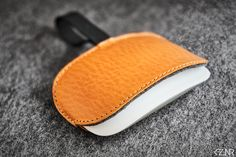 Leather Felt Apple Magic Mouse Case Hand-made Dyed Stitching Leather, Vegetable Tanned Leather, Cow Leather, Color Show, Wool Felt, Swatch, Sunglasses Case, Wax, Apple Magic