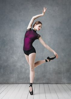 Amazing leotard with a mesh layer Human Poses Reference, Pose Reference Photo, Ballet Girls, Ballet Dancers, Pullover Shirt, People Poses, Ballet Clothes, Dance Poses, Ballet Photography
