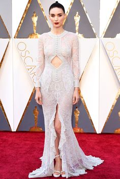 The Biggest Red-Carpet Risks From the 2016 Oscars | People - Rooney Mara in Givenchy