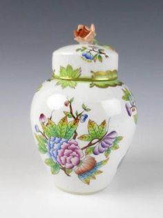 Herend Queen Victoria Tea Caddy w Rose Finial Porcelain Butterfly