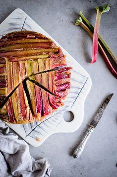 Rhubarb spelt upside down cake