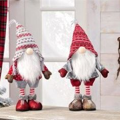 Polyester Santa/Gnome standing 2 Asst.