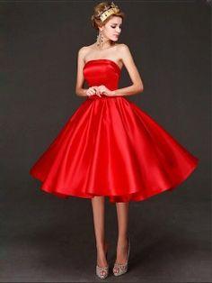 Robe demoiselle d'honneur Rouge Satin Courte Chic