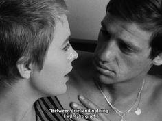 Jean Seberg e Jean Paul Belmondo nel film Fino all'ultimo respiro di Jean Luc Godard, 1960