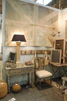 Vagabond Vintage via Mothology Modern Rustic, Modern Decor, Number 19, Linen Store, Hanging Racks, Reception Areas, Little Houses, Beautiful Interiors, Warm Colors
