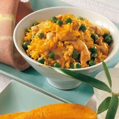 Curryreis mit Huhn und Erbsen