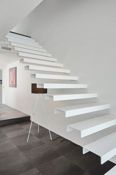 DIY Staircase Design Ideas - - 4 Times The Stair Decoration Would Make You Feel Amazed - Trend Crafts. Cantilever Stairs, Metal Stairs, Modern Stairs, New Staircase, Floating Staircase, Staircase Railings, Staircases, Railing Design, Staircase Design