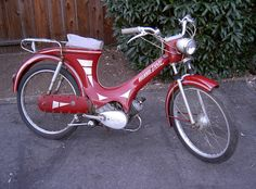 1957 Heinkel Perle moped Cool Mopeds * Custom Mopeds * Shit-hot Mopeds