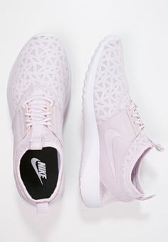 uk availability 906b3 b2a63 Nike Sportswear JUVENATE - Sneakers laag - bleached lilac black white -  Zalando.