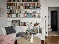 Scandinavian apartment | styling by Lindholm & photos by...