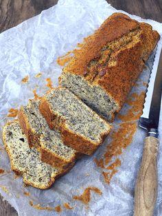 Narancsos-mákos süti - GastroHobbi Banana Bread, Sweets, Baking, Simple, Cake, Recipes, Food, Poppy, Kitchen