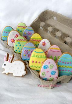 Easter Cookies by ~Verusca on deviantART. Love the presentation idea on these . Would make a lovely gift for grandparents