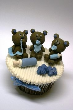 Three Baby Bears Cupcake❤❤❤ - Pic only