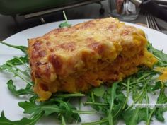 Zuurkool pompoen ovenschotel   KoolhydraatarmRecept.nl Crockpot, Vegan Lifestyle, Lasagna, Food And Drink, Veggies, Low Carb, Lunch, Healthy Recipes, Meals