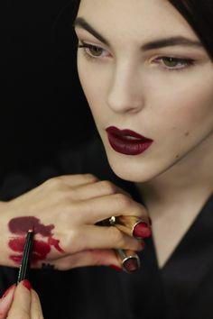 Beautifully matte, deep red lips @dolcegabbana #MFW #AW15