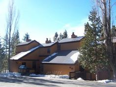 Take a look at this wonderful Tahoe City Condo located in The Villas with Summer Pool and Tennis Courts.  This 4 bedroom home is perfect for any traveler with great access to beaches, shopping, and re...