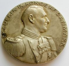 1949 DENMARK LARGE SILVER GILT BRONZE MEDAL KING FREDERIK IX 50th BIRTHDAY | eBay