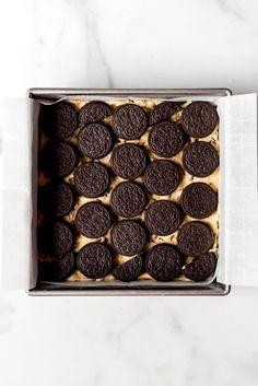 Slutty Brownies [Brownie Oreo Chocolate Chip Cookie Bars] - House of Nash Eats Brownie Oreo, Brownie Recipe Video, Oreo Brownies, Chocolate Chip Cookie Bars, Brownie Recipes, Double Stuffed Oreos, Peanuts, Food Videos