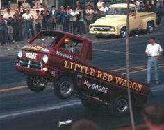 Vintage Drag Racing - Wheelstanders - The Little Red Wagon