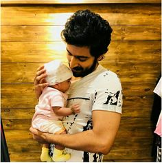 Which baby is cute? G V Prakash Kumar, Indian Star, Stay Happy, Enjoy Your Life, Anarkali Dress, Cute Guys, Actors & Actresses, Parents, Films