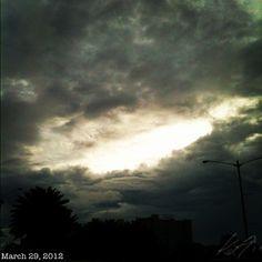 曇りな朝焼け #cloudy #morning #sun #sky #cloud #philippines #空 #雲