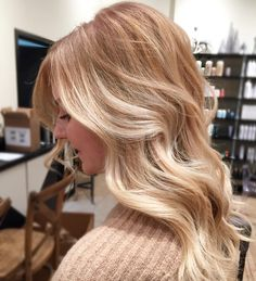 """77 Likes, 4 Comments - NBR Extension Certified (@sarahpelcostyling) on Instagram: """"Gorgeous blonde warm tones ☀️☀️ #blonde #golden #sunkissed #warmtones #aveda #avedasalon…"""""""
