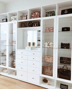 Custom Closets Greater New York This jaw-dropping bag closet was created for beauty influencer, Amra Olevic. The storage designed by California Closets New York designer , Allegra Pennisi entails a perfect boutique display and offers a ready-to-use option Walk In Closet Design, Bedroom Closet Design, Closet Designs, Bedroom Decor, 1920s Bedroom, Bedroom Wall, Dream Closets, Dream Rooms, Dream Wardrobes