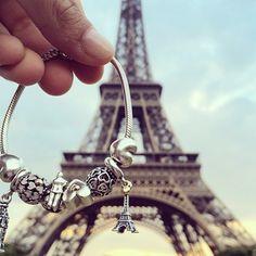 @bastasolounclick 's picture in paris!! #Pandora #Pandorainlove #PandoraAroundTheWorld