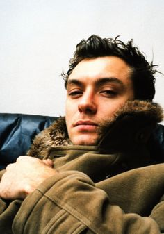 Jude Law is so handsome! Young Pope, Hey Jude, Man Crush Everyday, Jude Law, Attractive Men, Handsome Boys, Beautiful Men, Actors & Actresses, Persona