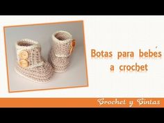 Botas – zapatos para bebés tejidas a crochet o ganchillo - Parte 2 - YouTube Crochet Bebe, Crochet For Kids, Knit Crochet, Baby Booties, Baby Shoes, Slippers, Place Card Holders, Knitting, Sewing