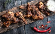 This is a great recipe for a tasty basic rub to be used when preparing chicken, spare ribs, pork tenderloin and even prawns on the Big Green Egg. Rub Recipes, Great Recipes, Crispy Chicken, Tandoori Chicken, Chicken Fillet Recipes, Pork Fillet, Most Delicious Recipe, Tasty, Yummy Food