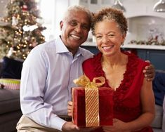 Holiday Gifts for Elderly Christmas Couple, Christmas Gifts For Mom, Christmas Greetings, Christmas Fun, Holiday Gifts, Gifts For Older Couples, Gifts For Elderly Women, Gifts For Women, Ipod Touch