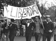 24/25 de Abril 1974 Revolução dos Cravos