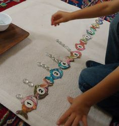 Fish & bubbles counting for early childhood Montessori Activities, Math Classroom, Kindergarten Math, Fun Math, Teaching Math, Preschool Activities, Classroom Tree, Number Activities, Learning Activities