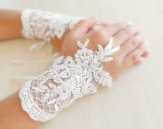 bridal Gloves white lace gloves Fingerless Gloves by WEDDINGHome, Wedding Bride, Lace Wedding, Dream Wedding, Snow Wedding, Christmas Wedding, Wedding Styles, Wedding Photos, Wedding Gallery, Wedding Dress 2013